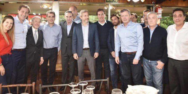 Los peronistas oficialistas le dieron la bienvenida a Pichetto