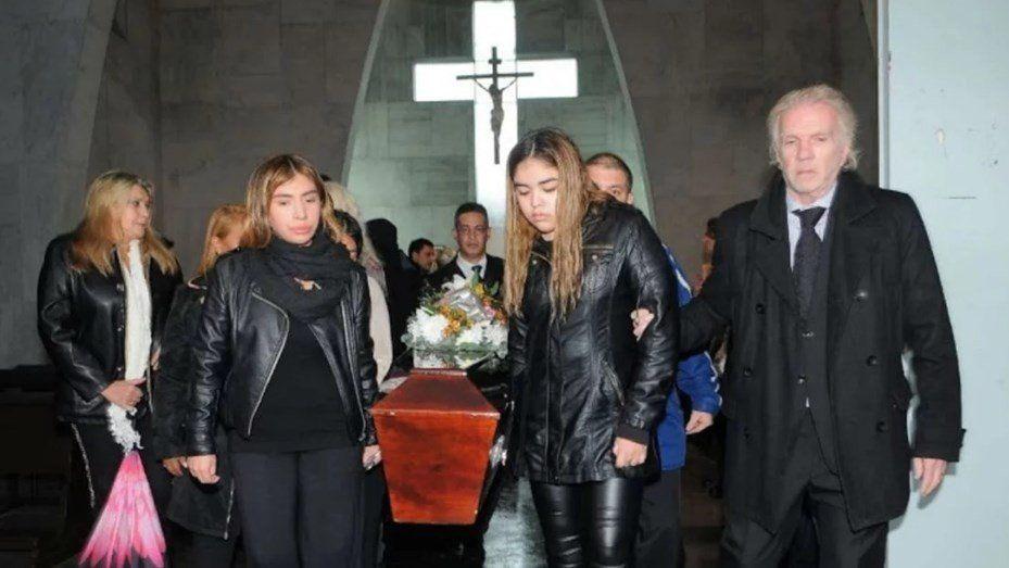 El último adiós: despidieron los restos de Beatriz Salomón