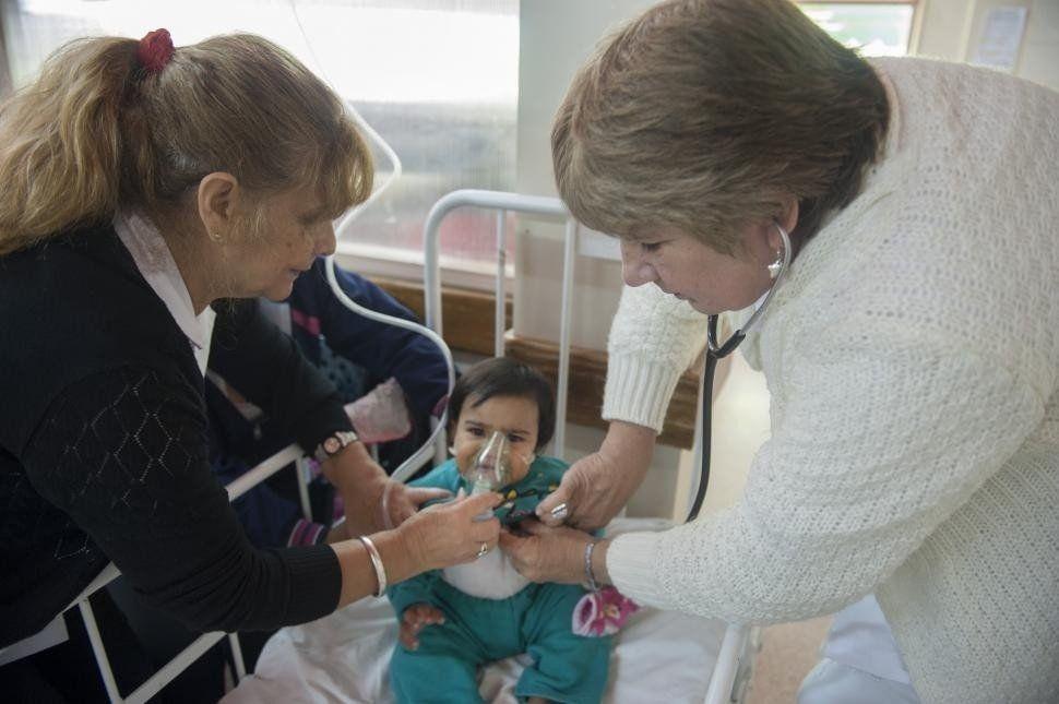 Bronquiolitis: si tu bebé tiene la nariz tapada y dificultad para respirar consulta al médico