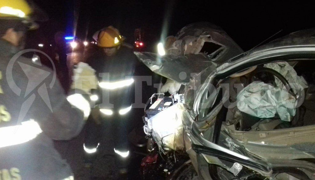 Salta: Un choque frontal en la ruta 5 provocó la muerte de tres personas