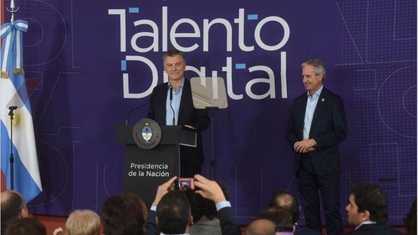 Habilitarán 10 mil becas para formación en empleos digitales