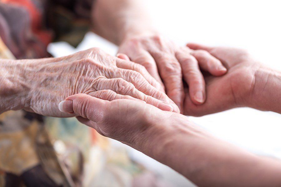 Parkinson: 4 síntomas que indican que tienes probabilidades de padecer la enfermedad