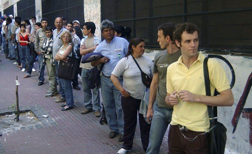 Advierten que el desempleo seguirá subiendo por la crisis