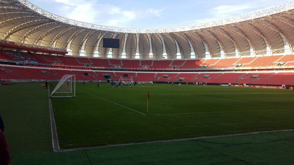 La Selección entrenó en Porto Alegre para definir el 11 ante Qatar