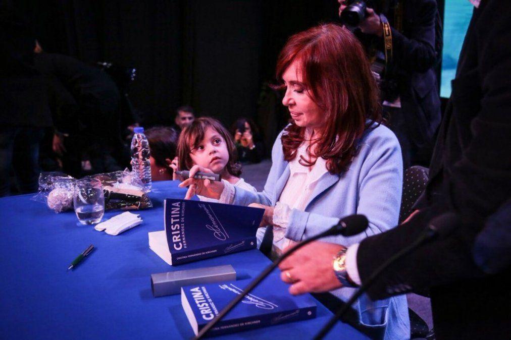 Cristina Kirchner presentaría Sinceramente el 9 de julio en Tucumán