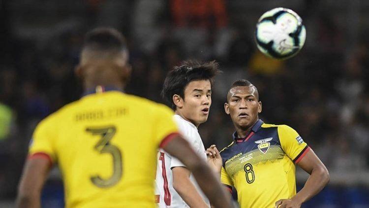 Ecuador y Japón empataron y favorecieron a Paraguay