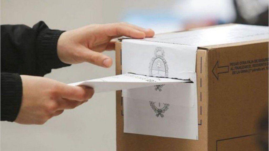 `Cambiar las reglas en medio de un proceso electoral es grave´