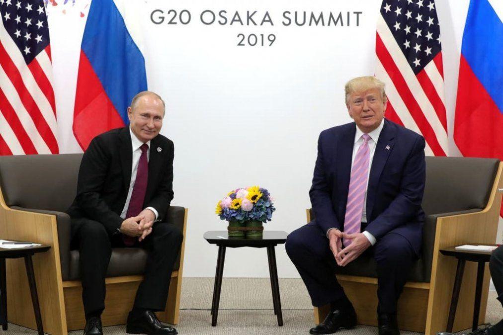Trump baja el tono, se reúne en Osaka con Putin e ironiza: No interfieras en las elecciones