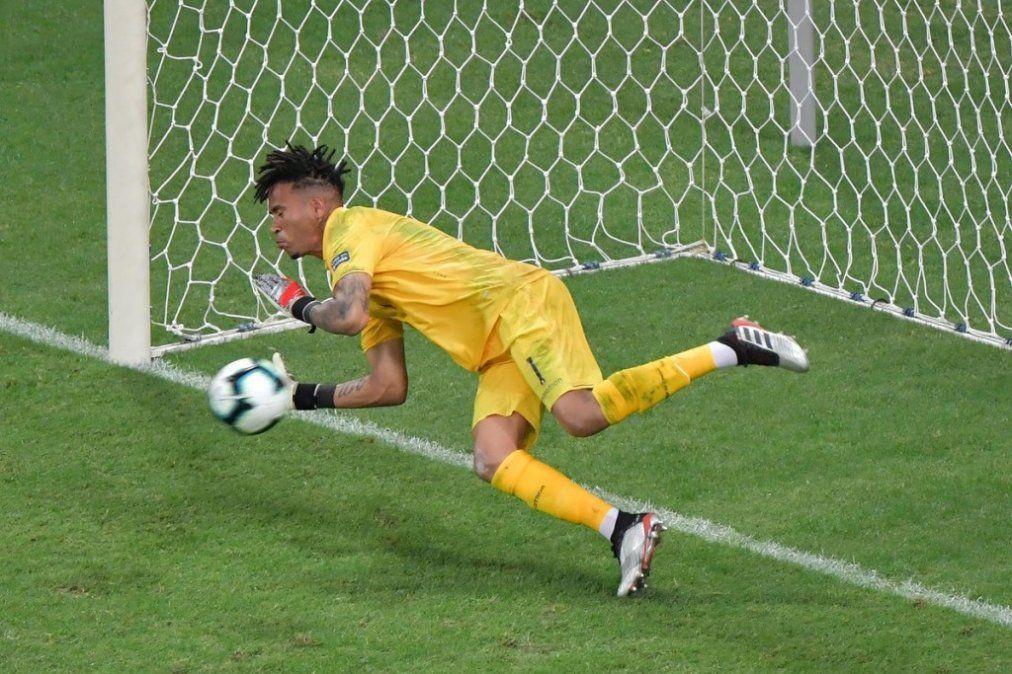 Perú eliminó a Uruguay en los penales y está en semifinales