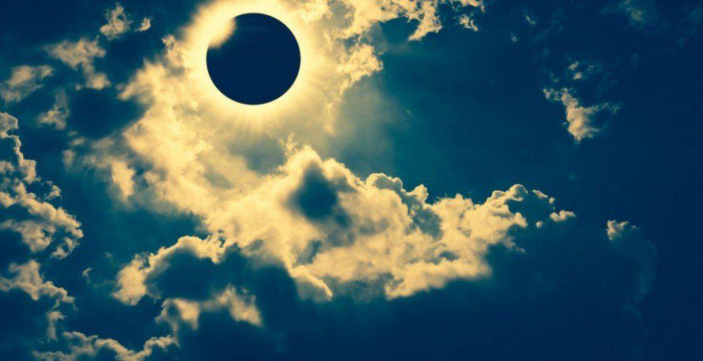 El eclipse de sol se podrá ver desde las 16.34 hs.