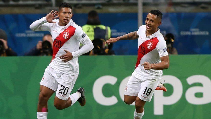 Perú aprovechó cada error chileno y se metió en la final