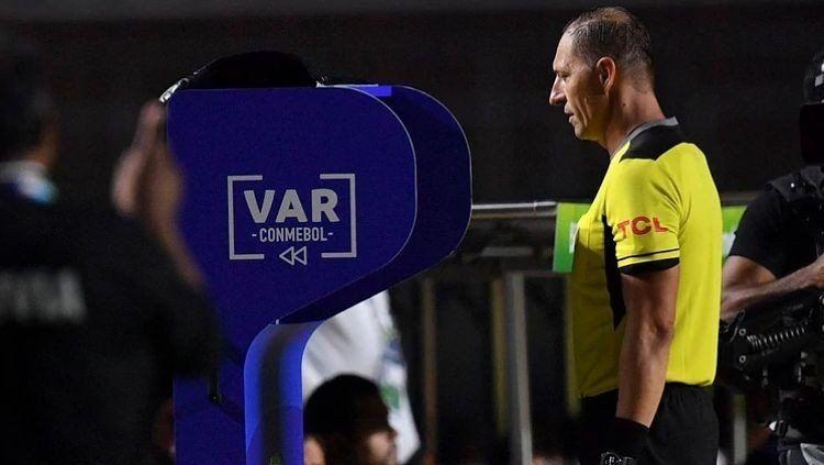Copa América: de manera sospechosa, dejaron sin final a Néstor Pitana
