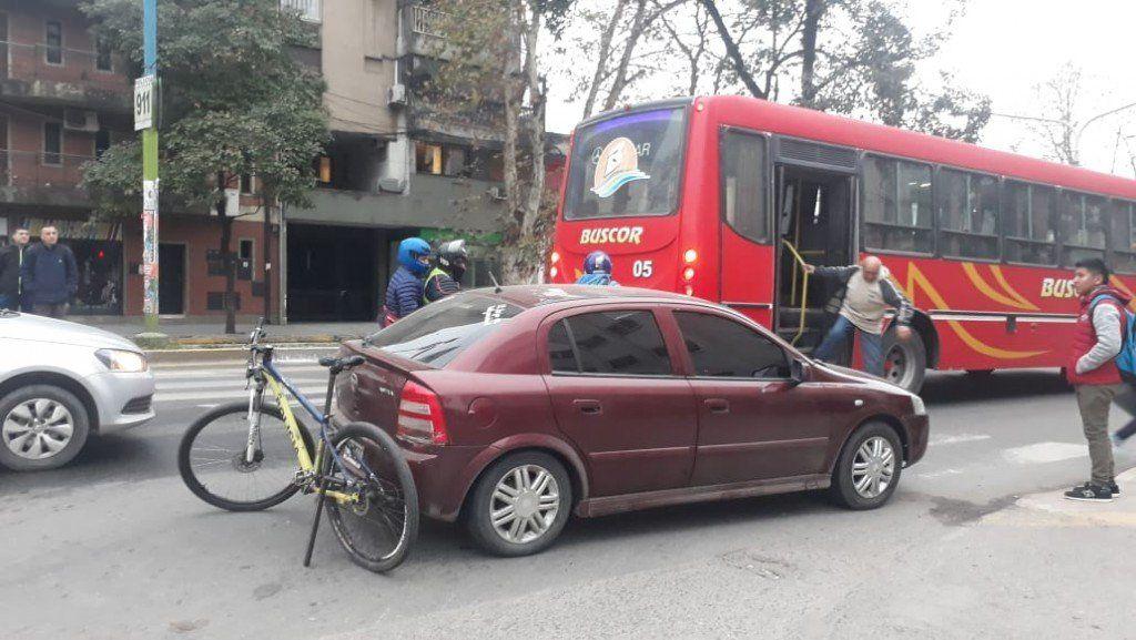 Accidente en Sarmiento y Junín: Una mujer resultó herida