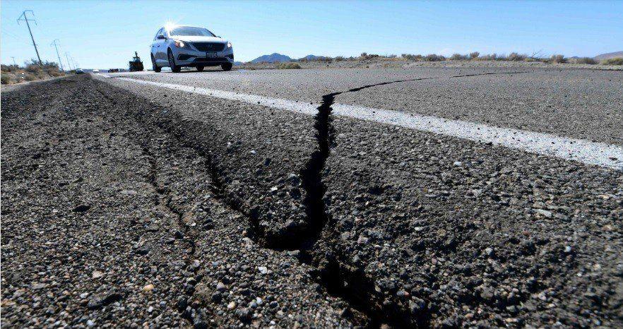 Un nuevo sismo sacudió el sur de California y esperan más réplicas