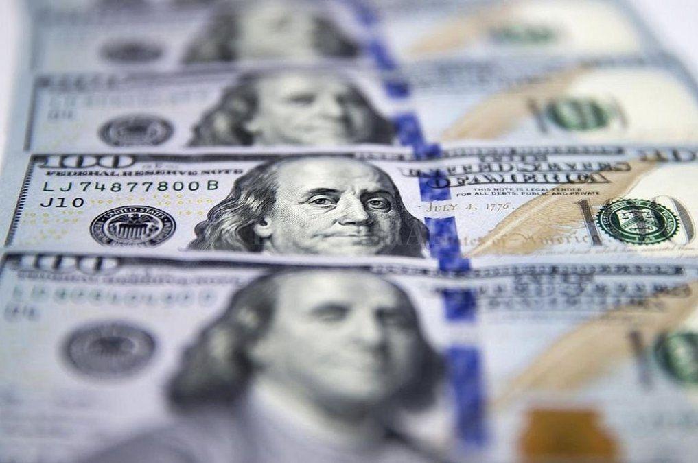 El dólar cerró la semana con una baja de 60 centavos