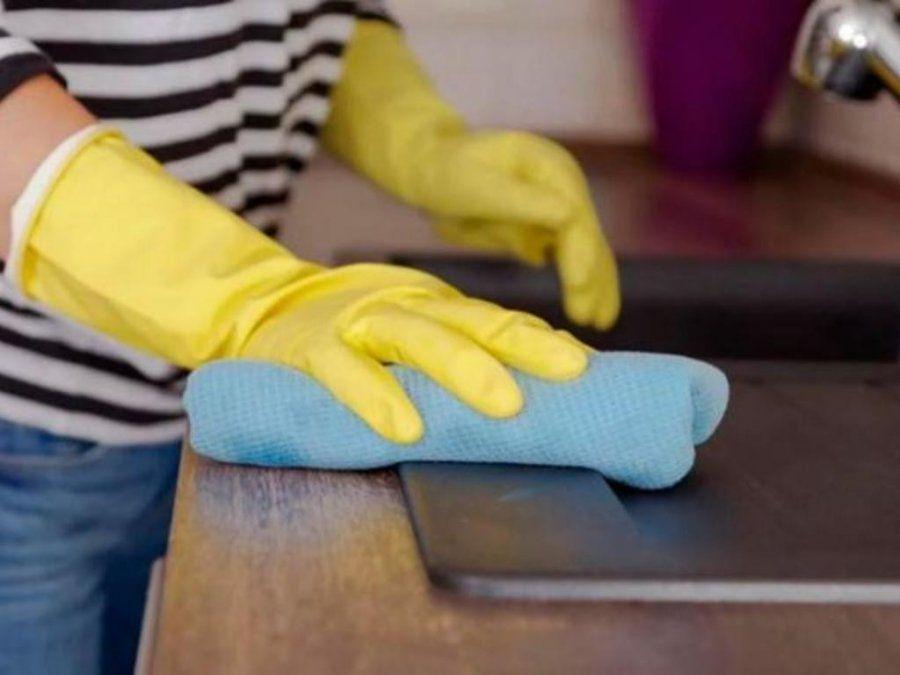 El Gobierno oficializa aumento salarial del 30% para el personal doméstico