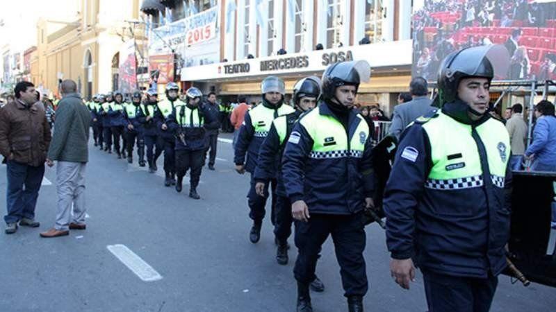 Afectarán a 2.400 policías por los festejos del 9 de Julio