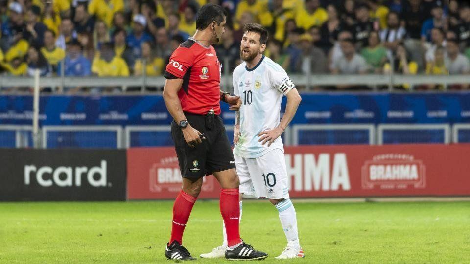 Zambrano justificó su accionar en las polémicas del Argentina-Brasil