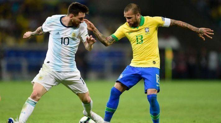 Messi le falta el respeto a mi selección