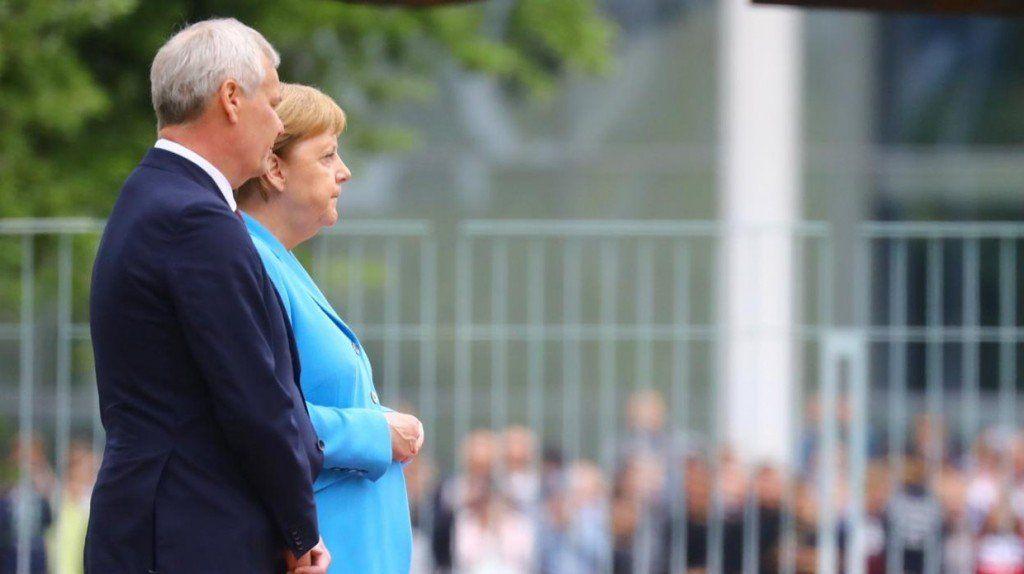 Merkel sufre el tercer episodio de temblores en menos de tres semanas