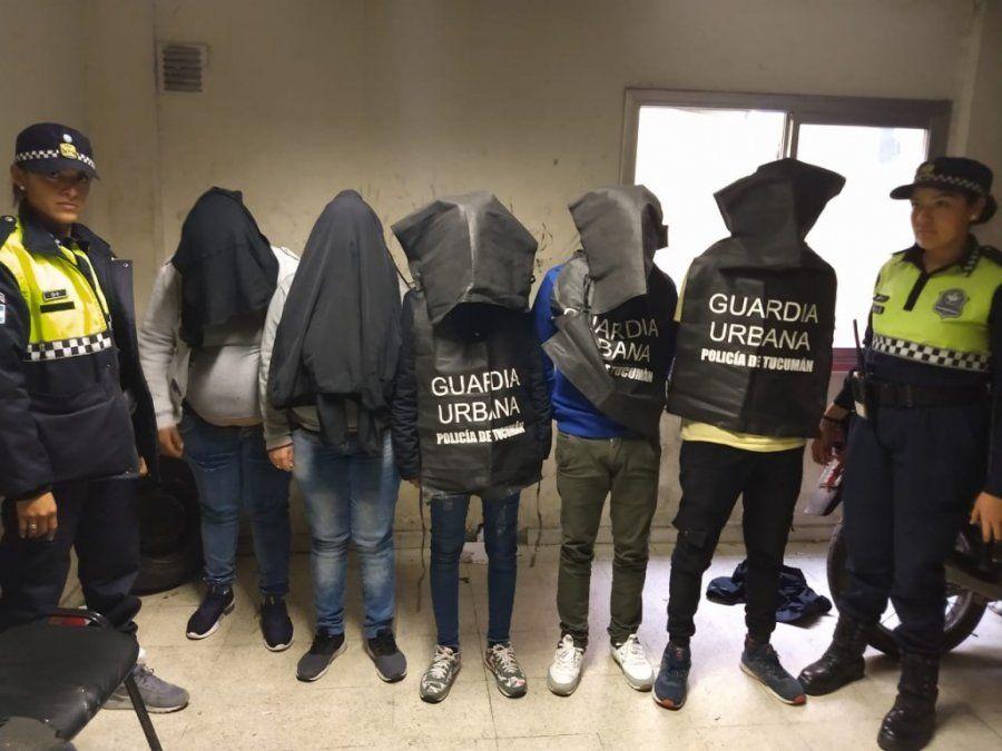 Detuvieron a mecheras por robar y agredir a policias
