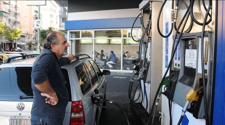 Consideran que no es viable el autoservicio para la carga de combustible