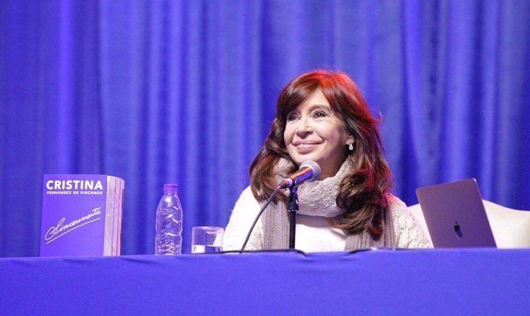 CFK: Hoy la gente tiene miedo de ir al supermercado