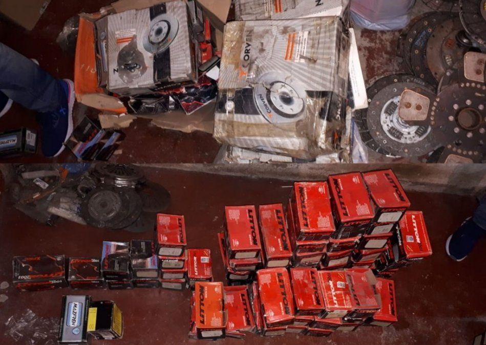 Secuestraron más de 200 repuestos robados de una casa comercial