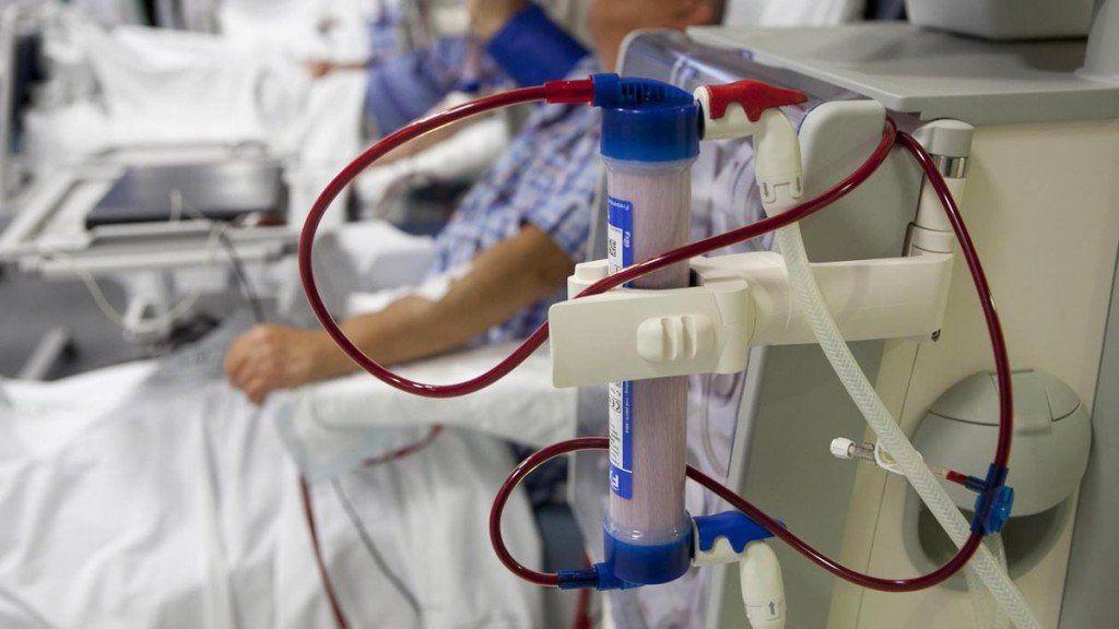 Interceden para evitar el corte del servicio de diálisis a pacientes del PAMI