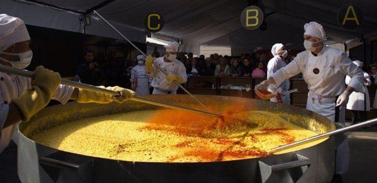 La humita en olla más grande del mundo se hizo en Tucumán