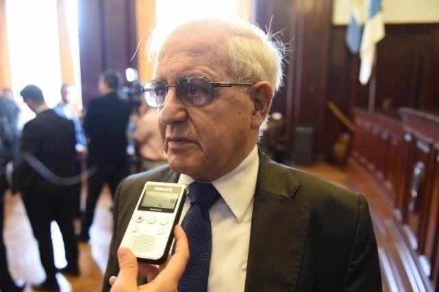 El PE espera la jubilación de Goane para aceptar su renuncia