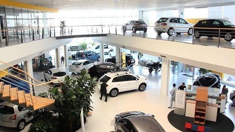 Se desplomó en un 47,5%, en julio, la producción de autos