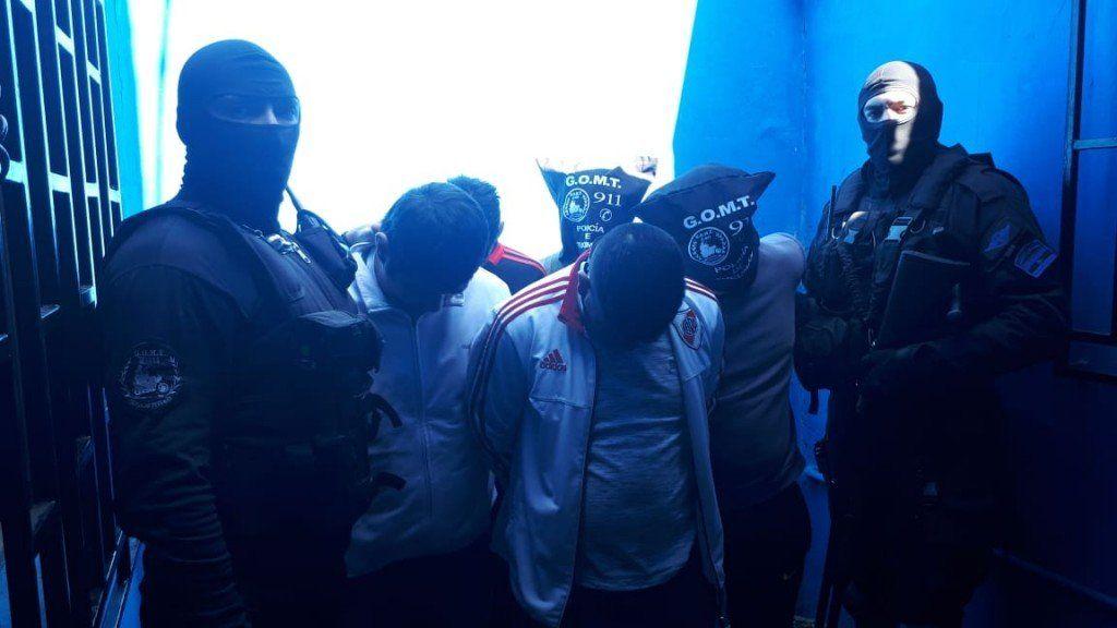 Detuvieron a 4 hombres por resistirse a la autoridad policial, uno es familiar de Margarita Toro