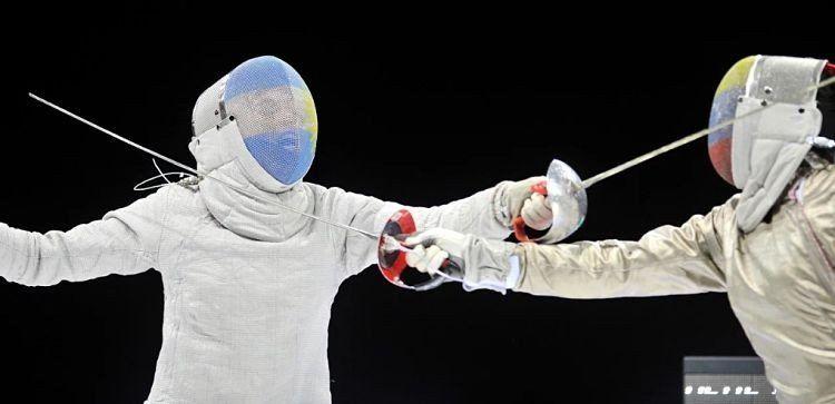 Pérez Maurice obtuvo una medalla de plata en esgrima
