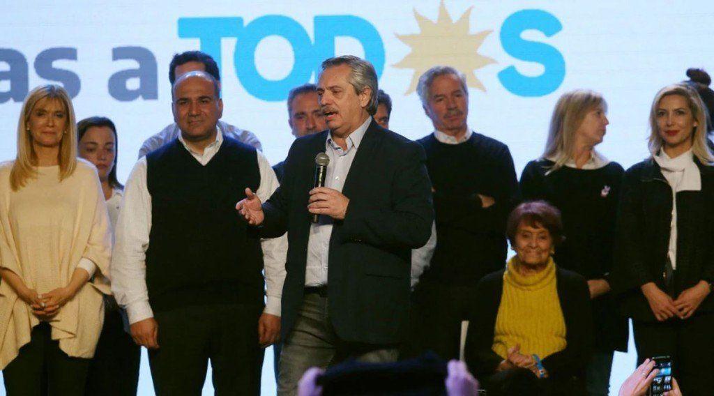 Amplia victoria de Fernández: comenzamos a construir otra historia