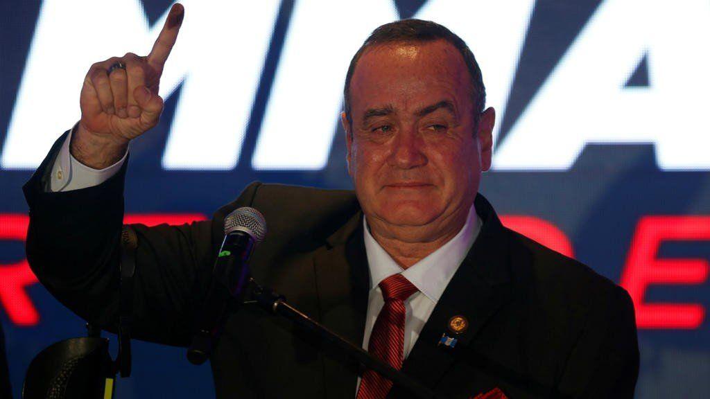 Alejandro Giammattei es elegido presidente de Guatemala en su cuarto intento por llegar al poder