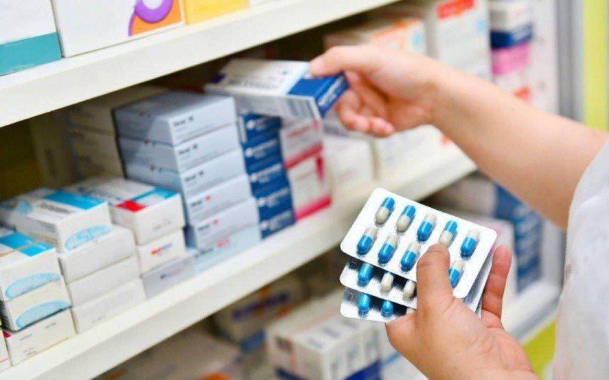 Los medicamentos sufrirán aumentos por la devaluación