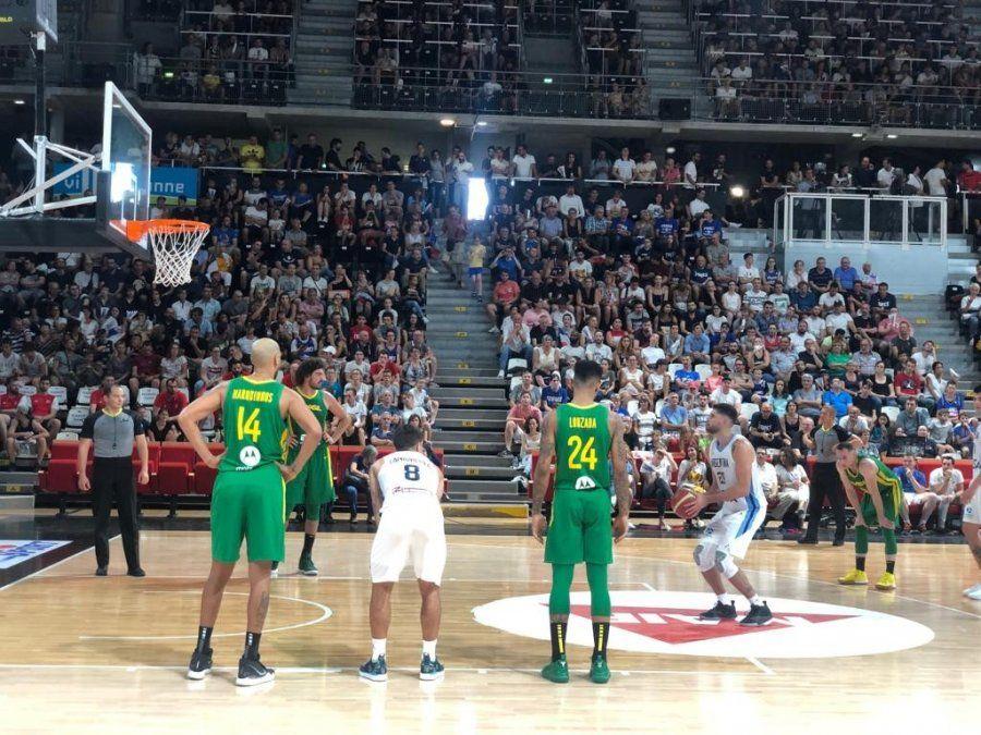 La Selección de básquet comenzó su preparación en Francia con derrota