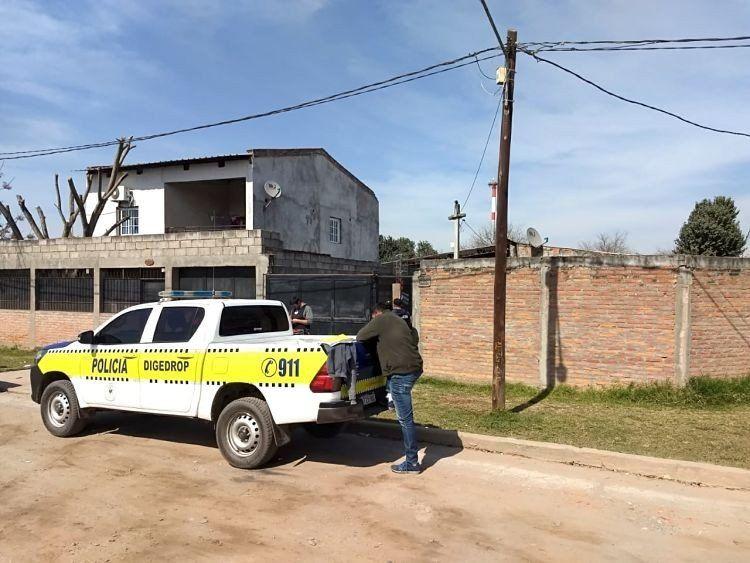 Secuestran 10 celulares en ocho allanamientos por el asalto a Macarena Cruz