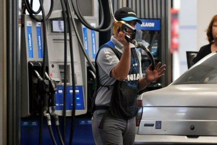 Al final, el Gobierno congeló el precio de los combustibles a través de un DNU