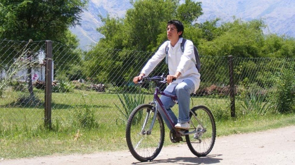Una bicicleta por la educación: piden donaciones en Santiago