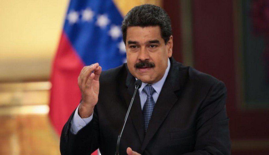 Maduro ordena ejercicios militares en la frontera ante la amenaza de agresión de Colombia