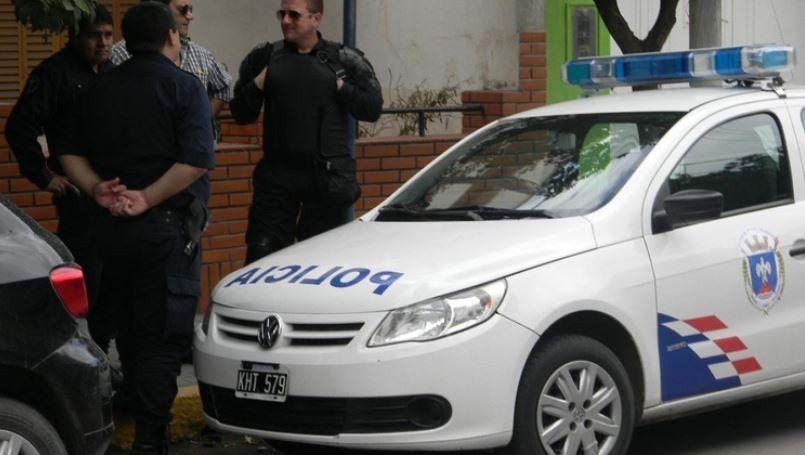 Santiago: Tres policías detenidos por tentativa de estafas a la provincia