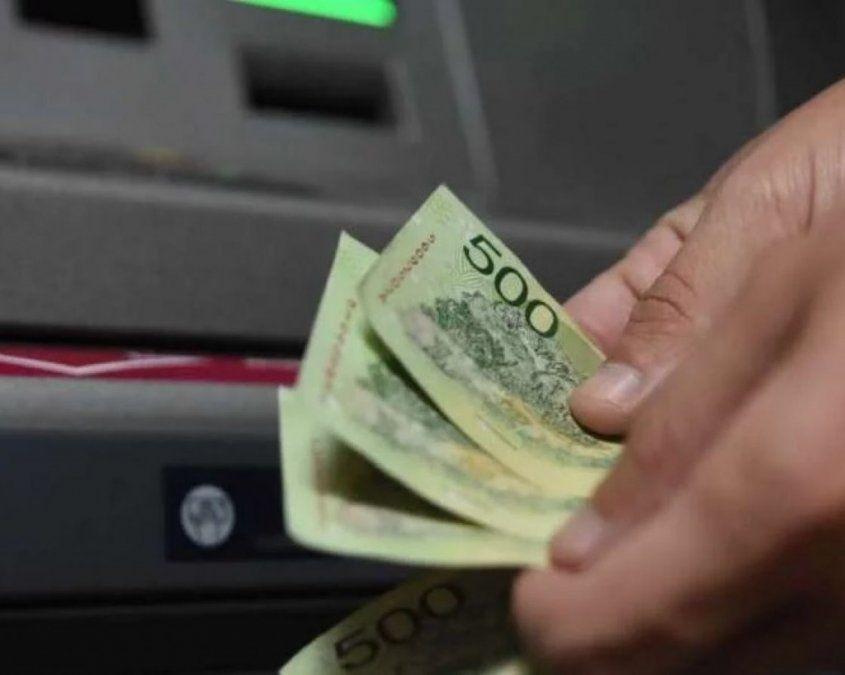 El salario mínimo terminará el año un 25% por debajo de 2015