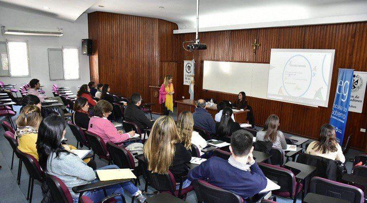La Escuela Gobierno abrió el curso de inglés para empleados públicos