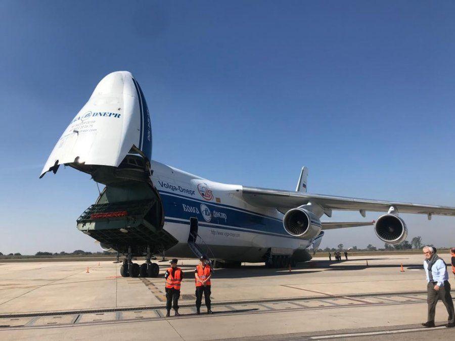 VIDEO El Antonov An-124 aterrizó nuevamente en el aeropuerto tucumano