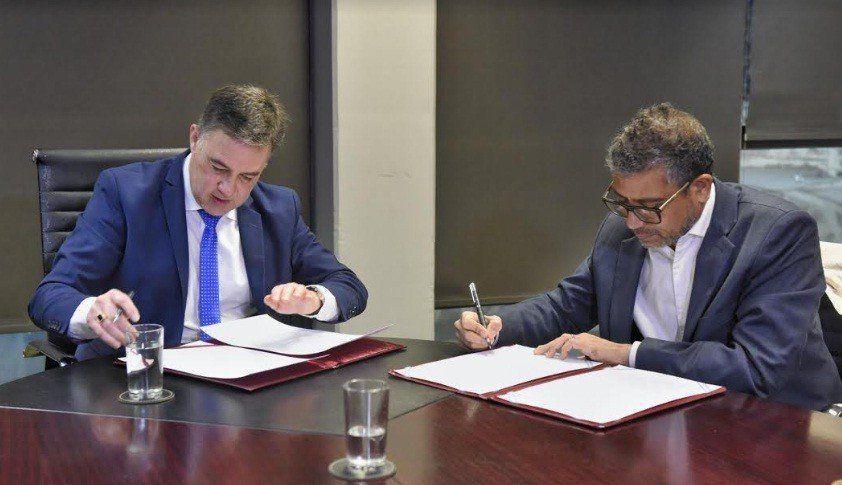 Firma de convenio entre la Legislatura y el Subsidio de Salud