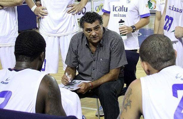"""Carlos Romano: """"Nosotros estamos con la mente de verlos campeones"""""""