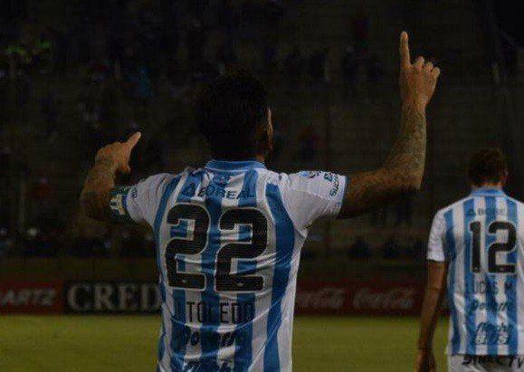 Maradona busca goles en Tucumán: contactaron a Javier Toledo