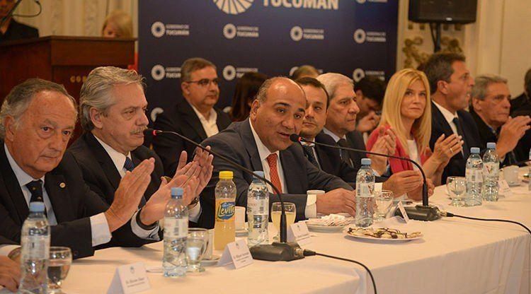 Cumbre de dirigentes en Tucumán para poner de pie a la Argentina
